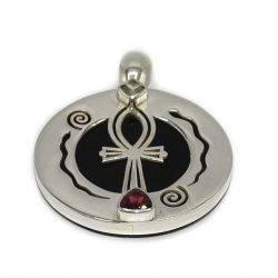 Colgante Ankh medallón ónix en cápsula de plata de ley