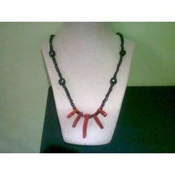 collar-granate-corales.jpg